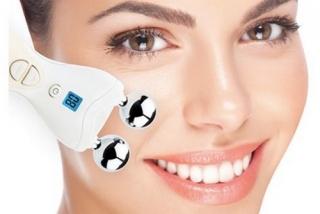 EMS -sähköinen lihasstimulaatio kasvoille (facelift)